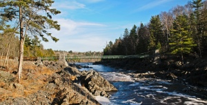 -Swinging-Bridge-Jay-Cooke-State-Park-13-11-_0386